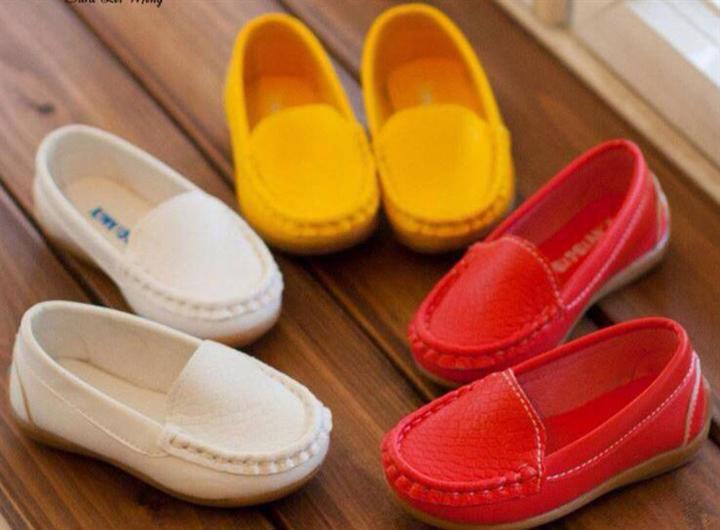 Giày Mọi Trơn Bé Gái
