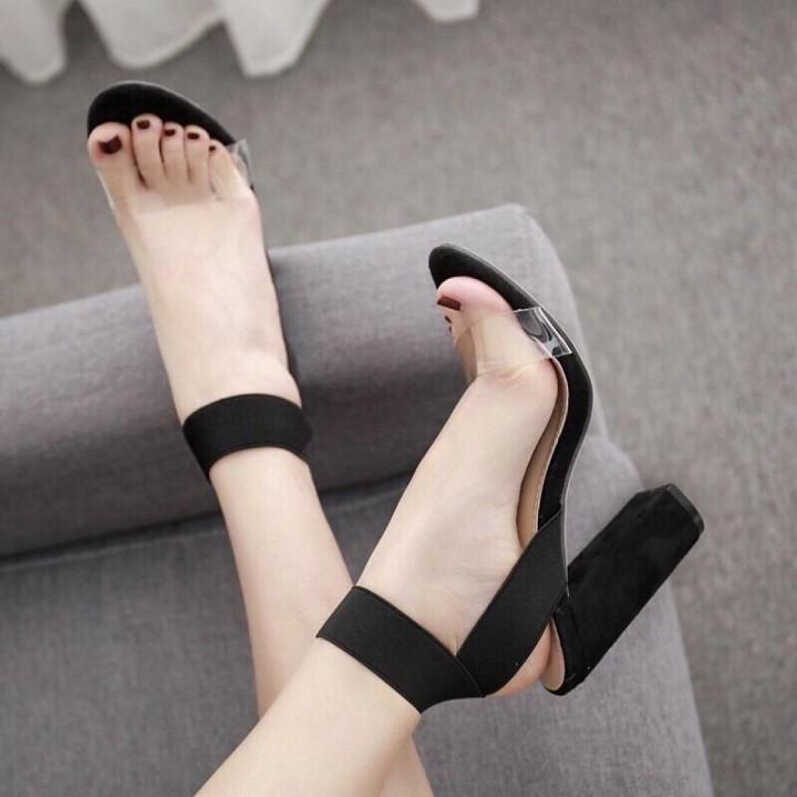 Giày xăng đan gót trụ quai chéo 8cm