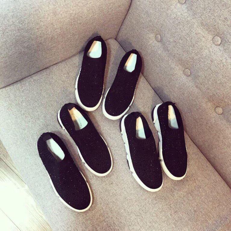 Giày Slip on Viền Sọc