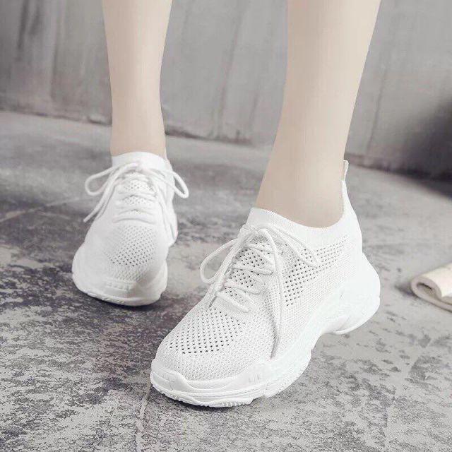 Giày thể thao cao 5cm nữ