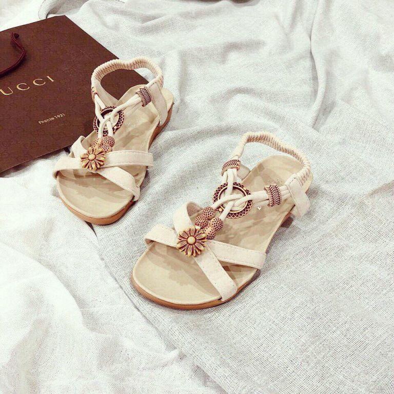 giày xăng đan kết hoa đẹp và xinh