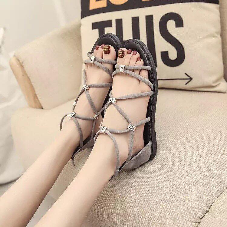 giày quai hậu đế bệt đan chéo
