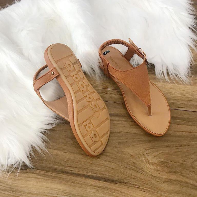 Giày sandal nữ tam giá giá rẻ