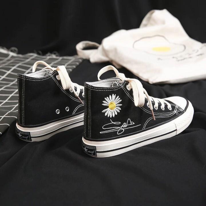 Giày bata trắng - đen