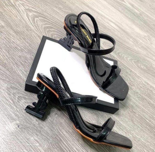 Giày cao gót trơn