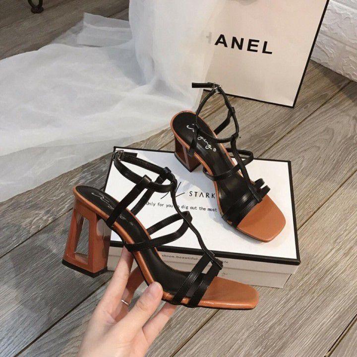 Giày Sandal chữ thập