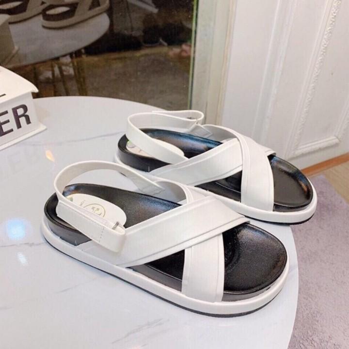 Giày sandal quai chéo đế lõm